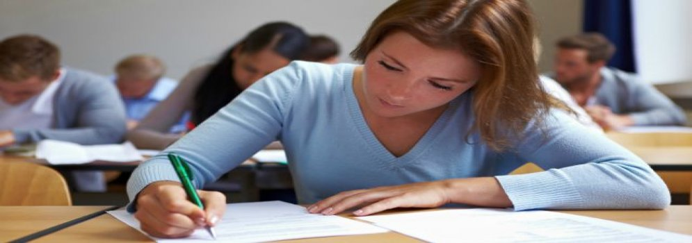 Examination Systems and Student's Evaluation